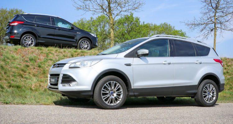 Ford Kuga Autobedrijf Hansen lichtgrijs zwart
