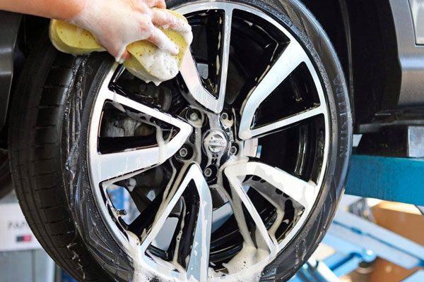 Autowassen-poetsen-Autobedrijf-Hansen-Venray