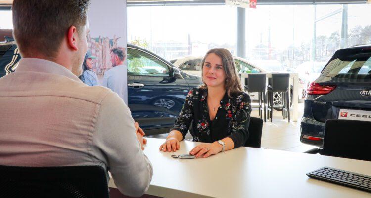 Auto-overdracht-Autobedrijf-Hansen-Venray