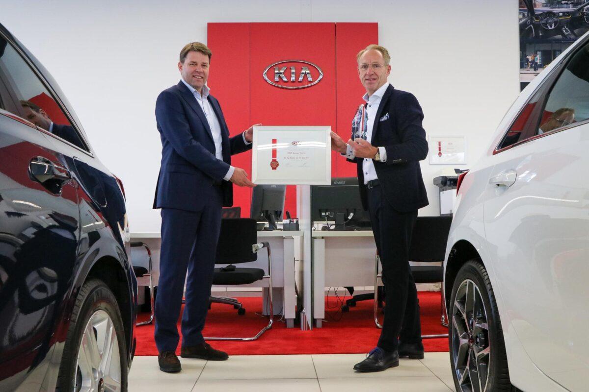 Kia-Top-Dealer-2021-VDNS-Hansen-Venray
